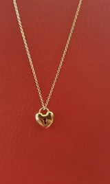 18kt Tiffany and Co. yellow gold keyhole heart necklace in Okinawa, Japan