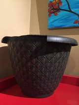 "12"" Plastic Planter #1 (black/gold) in Naperville, Illinois"