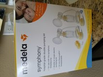 Medela Symphony - double pumping kit (used 1 time) in Oceanside, California