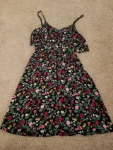 H&M juniors black flowered dress size 4 in Lockport, Illinois