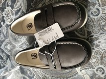 Boy size 11 boat shoes in Naperville, Illinois
