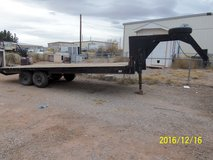 Gooseneck Flatbed Trailer in Alamogordo, New Mexico