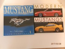 Mustang Books in Aurora, Illinois