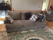 2 piece set, Brown Couch Sofa - 2 Years old - Mint in Lockport, Illinois