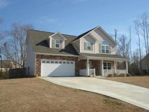 Absolutely Beautiful and Updated home in peaceful Blue Creek Farms!! in Camp Lejeune, North Carolina