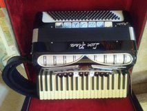Lux Fisa Accordian in Houston, Texas
