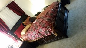 Queen bed and bureau/mirror JBAB in Bolling AFB, DC