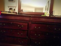 dresser and mirror in Hinesville, Georgia