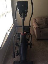Schwinn 470 elliptical in Fort Bragg, North Carolina