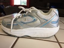 WOMEN'S CHAMPION MUSCLE TONING SHOES SKID RESISTANT  7.5 in Roseville, California