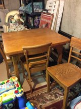 Phoenix Kitchenette table in Lockport, Illinois
