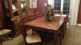 DINING ROOM SET WITH 8 CHAIRS AND CHINA CABINET in Joliet, Illinois