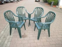 4 sturdy lawn chairs in Ramstein, Germany