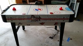Air Hockey Table in DeKalb, Illinois