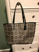 BRAND NEW COACH PURSE in Fort Campbell, Kentucky