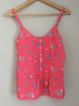 Abercrombie & Fitch shirt with flowers size S in Chicago, Illinois