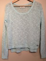 Abercrombie & Fitch long sleeve sweater size M in Chicago, Illinois