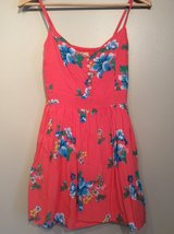 Hollister  cotton dress with flowers size M in Glendale Heights, Illinois