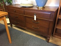 6 Drawer Dresser in Glendale Heights, Illinois