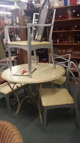 Table & Chairs, Rocker,Wicker,wrought iron etc. in Camp Lejeune, North Carolina