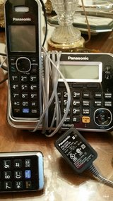 Panasonic Wireless Landline Main Base/5 hand sets in Fort Carson, Colorado