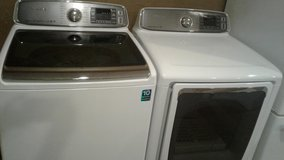 Samsung washer and dryer (gas) in Kingwood, Texas