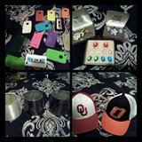 iPhone 4 case lot, lamp shades, ou/OSU hats new/jewlery in Duncan, Oklahoma