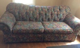 Free Floral Sofa in Beaufort, South Carolina