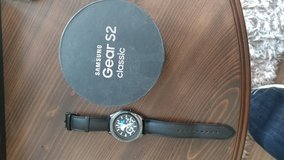Gear S2 classic smart watch ( works with all smart phones) in Fort Knox, Kentucky