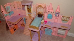 Barbie Doll Folding Castle in Fairfield, California