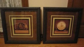 Two picture frames (Naperville) in Naperville, Illinois