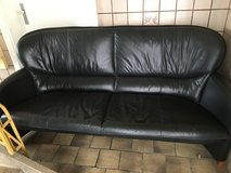 2 x Comfortable stylish leather sofa FREE DELIVERY in Stuttgart, GE
