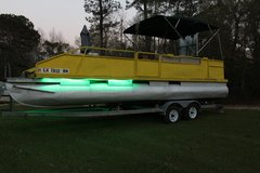 1986 24ft pontoon sale or trade in Leesville, Louisiana