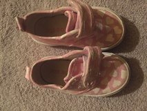Pink Shoes (size 4) in 29 Palms, California