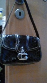 Guess purse black in Ramstein, Germany