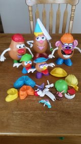 5 Potato Head Set & Accessories in Hopkinsville, Kentucky