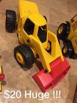 Toy construction trucks like new in Morris, Illinois