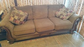 Couch / Sofa in Fort Campbell, Kentucky