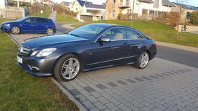 2011 Mercedes Benz E 250 CGI Coupe Blueeffienciency Aut. AMG Avantgarde in Ramstein, Germany