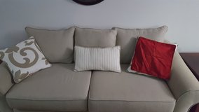 Couch in Great Lakes, Illinois