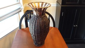 Wicker Vase in Fort Campbell, Kentucky