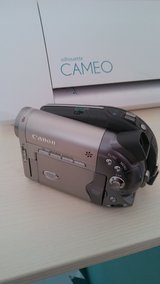 Canon DC 10 Camcorder in Fort Leonard Wood, Missouri