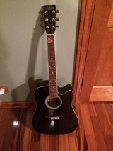 Carlo Robelli Guitar with bag in Glendale Heights, Illinois
