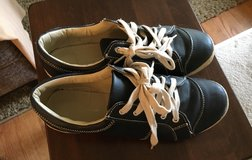 Size 11W Women's Shoes in Chicago, Illinois