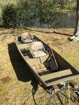 Aluminum Jon boat for sale in Camp Lejeune, North Carolina