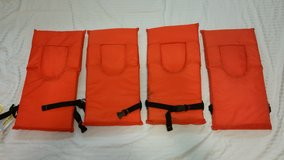 Set of 4 YOUTH Life Vests in Columbus, Georgia