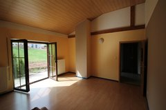 Plütscheid, Modern 2Bd/ 1 Ba Duplex House 15 Minutes from Base! in Spangdahlem, Germany