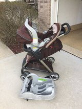 Graco Light Travel system with car seat base in Naperville, Illinois