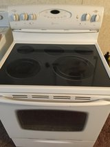#32 Maytag glass top stove(works like new) in Camp Lejeune, North Carolina