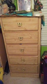 5 drawer childs chest of drawers w/ matching nightstand in Hinesville, Georgia